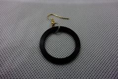 earring01a.jpg