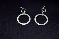 earrings02b.jpg